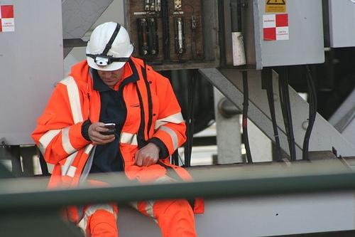 mobile workforce management software on smartphone